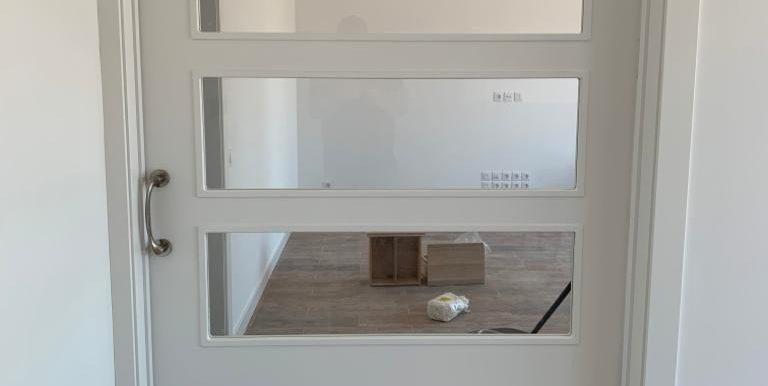 puerta interior vivienda moderna madrid 21
